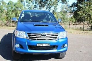 2013 Toyota Hilux KUN26R MY12 SR5 (4x4) Blue 4 Speed Automatic Dual Cab Pick-up Taylors Beach Port Stephens Area Preview