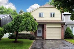 Gorgeous Split In A Very Well  Home In Richmond Hill Area