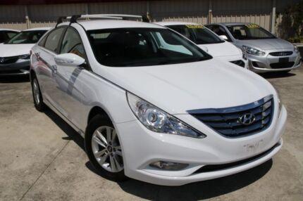2010 Hyundai i45 YF MY11 Elite White 6 Speed Sports Automatic Sedan