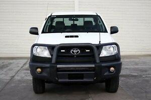 2010 Toyota Hilux KUN26R MY10 SR White 5 Speed Manual Utility Seaford Frankston Area Preview