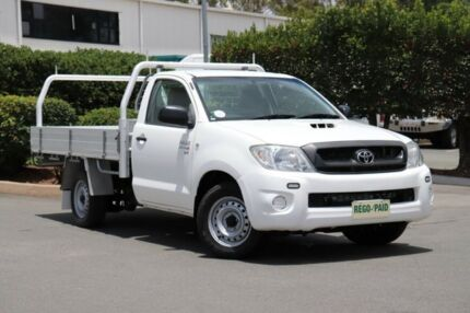 2010 Toyota Hilux KUN16R MY10 SR 4x2 White 5 Speed Manual Cab Chassis Acacia Ridge Brisbane South West Preview