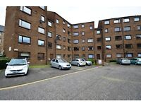 STUDENTS 17/18: Fantastic 4 bed HMO flat with WiFi in Newington available September