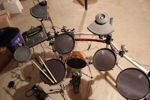 Electric Drums - Yamaha DTXTREME drumset