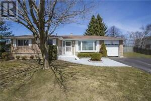 NEW RENOVATED BARRIE HOME RENT- 3 Bedroom & Inlaw Suite Basement