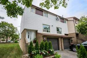 Spectacular Custom Renovated Residence in Mississauga