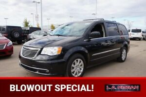 2013 Chrysler Town & Country TOURING 3rd Row,  Back-up Cam,