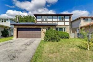Gorgeous 4+3 Bdrm Home, Brand New Kitchen, A Must See!