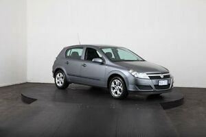 2006 Holden Astra AH MY06 CD Equipe Grey 5 Speed Manual Hatchback McGraths Hill Hawkesbury Area Preview