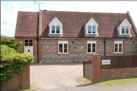 Work locally - Rent room weekly or monthly - 5 rooms to let in bed & breakfast in Bacton, Norfolk