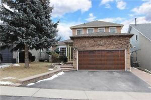 3 + 1 BR BEAUTIFUL DETACHED HOUSE FOR SALE IN WHITBY