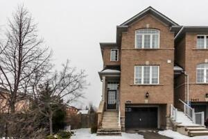 3 Bed / 3 Bath Reno'd Townhouse For Sale In Lisgar
