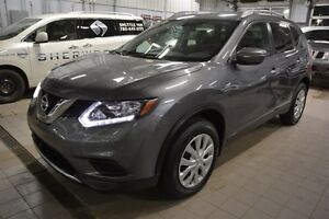 2015 Nissan Rogue S AWD Back-up Cam,  Bluetooth,  A/C,