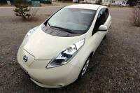 2012 Nissan Leaf SL Hatchback Electric Car - Auto Glacier White