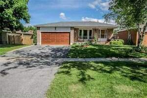 DETACHED MAIN FLOOR 3 BEDROOM RENT BRADFORD $1.490