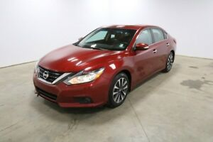 2016 Nissan Altima SL Accident Free,  Leather,  Heated Seats,  S
