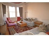 STUDENTS 17/18: Spacious top floor 3 bed HMO flat with broadband available August