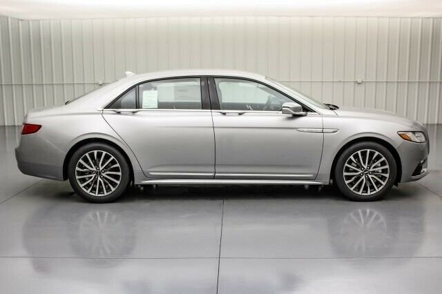 Image 4 Voiture American used Lincoln Continental 2020