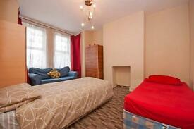 3 bedrooms in High road 576, E106JE, London, United Kingdom