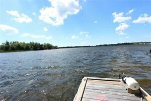 Waterfront Cottage In Kirkfield (1 Hr From T.O) 12 People can sl