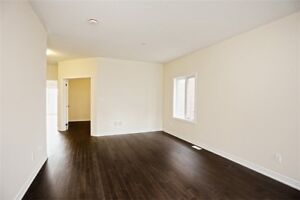 SPACIOUS 4 Bedroom Detached House @BRAMPTON $1.050,000 ONLY