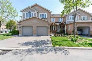 Family Townhouse >> Approx.1800 SqFt >> Largest Unit >> 3 Bed