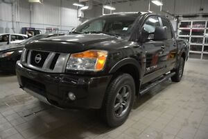 2014 Nissan Titan PRO-4X CREWCAB Navigation (GPS),  Leather,  Bl