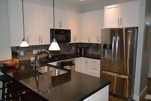 $1400 / 2br - 1300ft2 - Tobiano Townhouse (Kamloops, BC)