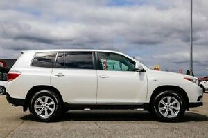 2013 Toyota Kluger White Sports Automatic Wagon Maddington Gosnells Area Preview