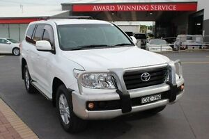 2012 Toyota Landcruiser VDJ200R 09 Upgrade GXL (4x4) White 6 Speed Automatic Wagon South Maitland Maitland Area Preview