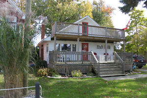 Cozy Amherstburg 2 story home for rent