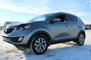 2015 Kia Sportage AWD EX Accident Free,  Heated Seats,  Back-up