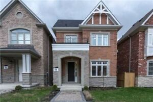 Detached 2 Story/4BD+3Bath/9'Ceiling/Full BSMNT in Richmond Hill