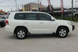 2011 Toyota Landcruiser VDJ200R Altitude SE White 6 Speed Automatic Wagon South Maitland Maitland Area Preview
