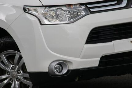 2012 Mitsubishi Outlander ZJ MY13 LS 2WD White 6 Speed Constant Variable Wagon Knoxfield Knox Area Preview