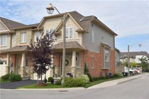 Townhouse for rent Grimsby Near Lake