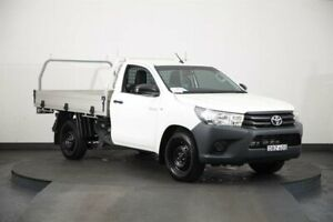 2015 Toyota Hilux GUN122R Workmate White 5 Speed Manual Cab Chassis