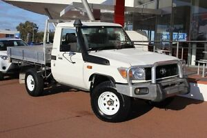 2009 Toyota Landcruiser VDJ79R MY10 Workmate French Vanilla 5 Speed Manual Cab Chassis Myaree Melville Area Preview