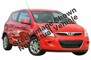 2012 Hyundai i20 PB MY12 Active Blue 5 Speed Manual Hatchback Wangara Wanneroo Area Preview