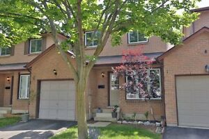 Great Townhome for Sale in Stoney Creek