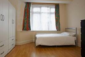 5 bedrooms in Farmilo road 33, E17 8JL, London, United Kingdom