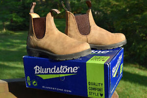 Nearly new camel coloured Blundstone boots (fits women 8.5)