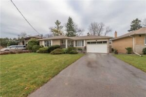 Bayview and Sheppard Fully Furnishd House for Rent in North york
