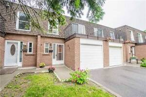 L'Amoreaux Condo Townhouse 4+1 Bed / 2 Bath - Great Location!!