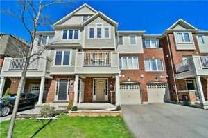 Luxury Town house for Lease/Rent in Milton