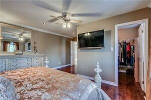 Spacious & Bright 4 Beds,4 Bath Detached House In Waterloo Cambridge Kitchener Area image 7