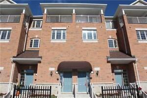 Townhomes for rent in Richmond hill