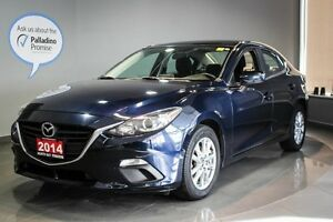 2014 Mazda 3 GS  Alloy Wheels + Heated Front Seats + Back-Up Ca