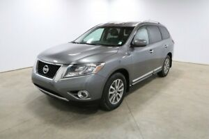 2015 Nissan Pathfinder 4WD SL Accident Free,  Leather,  Heated S