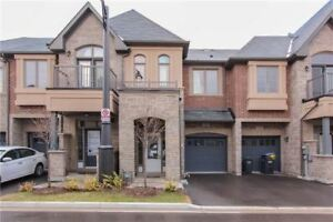 NEW 4 BEDROOM EXECUTIVE TOWNHOUSE IN HIGH DEMAND AREA!!