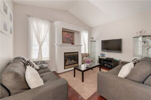 *Stunning 3 Bedroom End Unit Linked house for sale in Brampton*